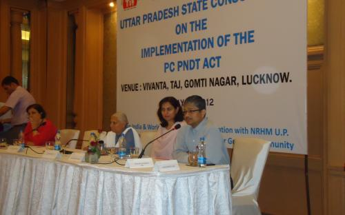 """Member NCW Dr. Charu WaliKhanna was Chief Guest at """"UP State Consultation- Implementation of the PCPNDT Act"""" held Lucknow"""