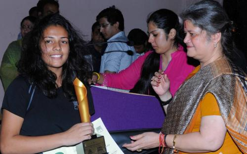 "Ms. Mamta Sharma , Hon'ble Chairperson, NCW, was the Chief Guest at ""Durlabhji Junior Squash Championship 2012 in association with Jaipur Club Ltd."" organised by Surbhi Misra Sports Foundation(SMSF)"