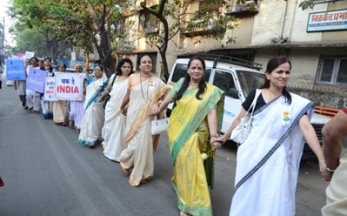 Ms. Nirmala Samant, Member, NCW was the chief guest in a program organized by Dombiwali Women's Forum, Mumbai