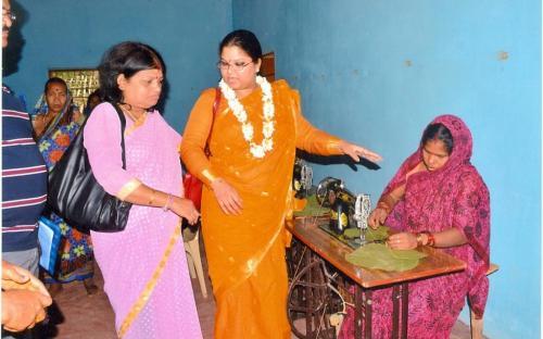 Ms Hemlata Kheria, Member, NCW visited Niladriparad and Barbara Panchayat in Banpur Block, Odisha