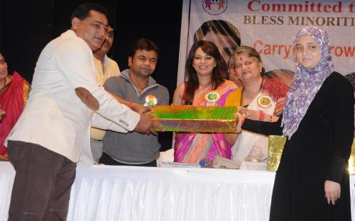 Ms. Mamta Sharma, Chairperson, NCW was the guest of honour at Annual Event to award and reward top-ranking students from Minority Communities held at Bhaidas Hall, Vile Parle, Mumbai