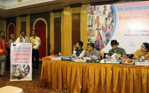 Smt. Shamina Shafiq, Member, NCW attended a public hearing to ensure dignity to bonded labour organised at Lucknow