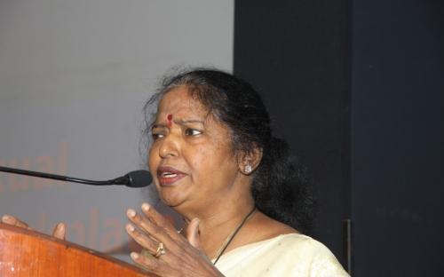 Dr. Geetha Ramanujam, Guest Speaker addressing participants
