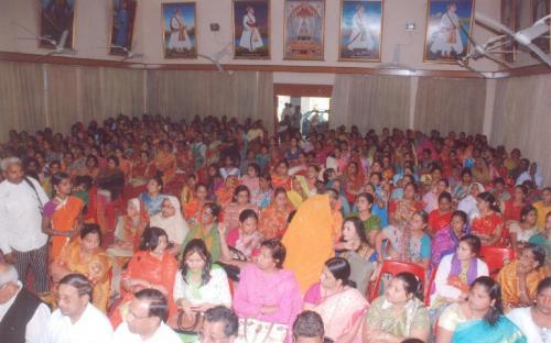 "Hon'ble Chairperson attended ""Mahila Adhikar Abhiyan"" organized by Shri Aasra Vikas Sansthan in collaboration with NCW"